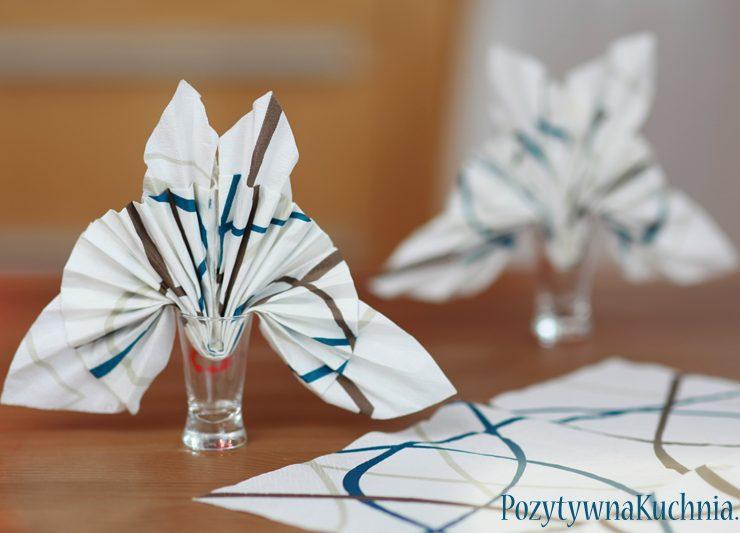 Jak złożyć serwetkę w motyla