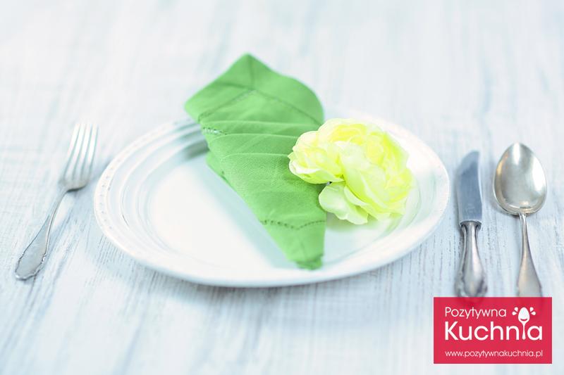 Serwetka - rożek z trzema kieszonkami