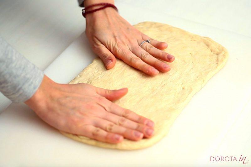 Ciasto półfrancuskie drożdżowe - przepis - krok 6