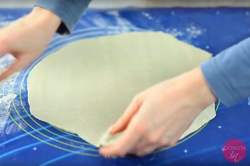 Zaparzane ciasto na pierogi