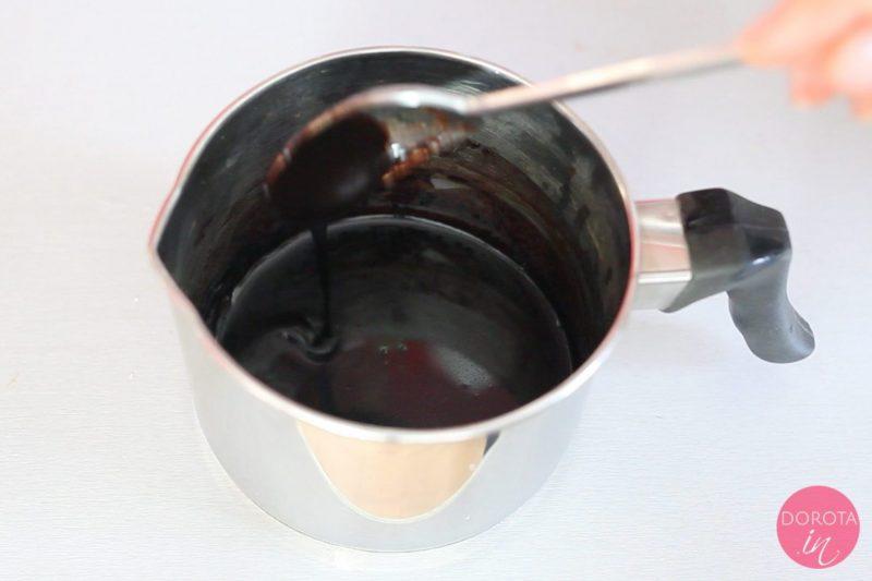 Polewa czekoladowa - przepis - krok 3