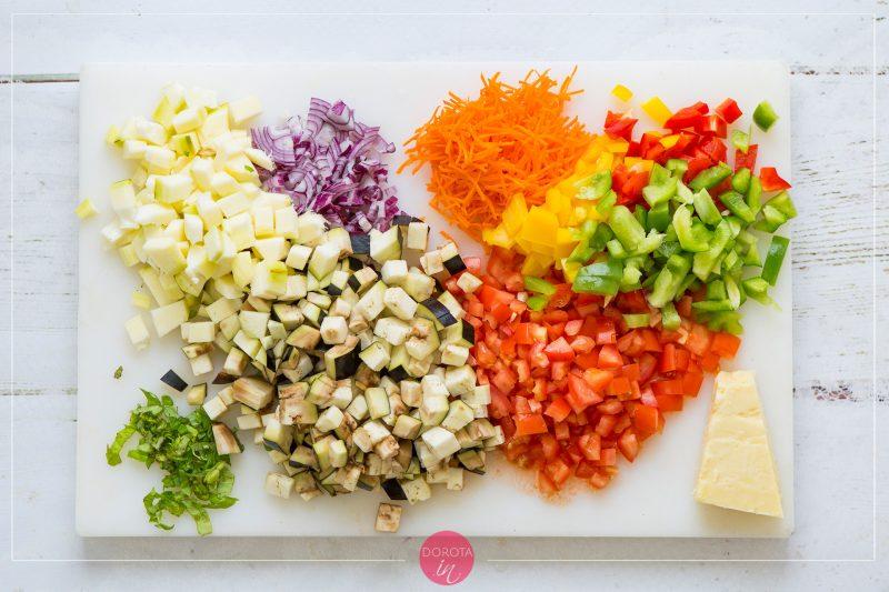 Makaron z warzywami - przepis - krok 1