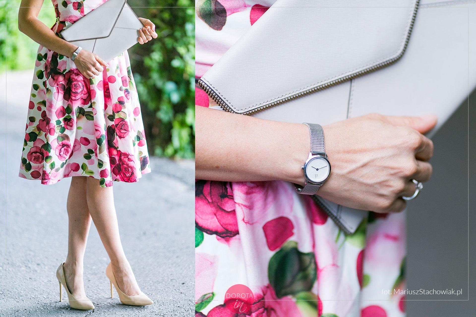 Sukienka w róże - dodatki